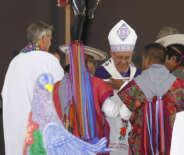 epa05162856 Pope Francis gives a mass for the indigenous communities of Mexico at the Municipal Sports Center of San Cristobal de las Casas in Chiapas, Mexico, 15 February 2016. Pope Francis denounced in his Mass the treatment of indigenous communities that have been 'stripped of their lands' and 'excluded from society'. The pontiff is in Mexico from 12 to 17 February as part of his tour, which will see him visiting six cities in four states. EPA/ULISES RUIZ BASURTO