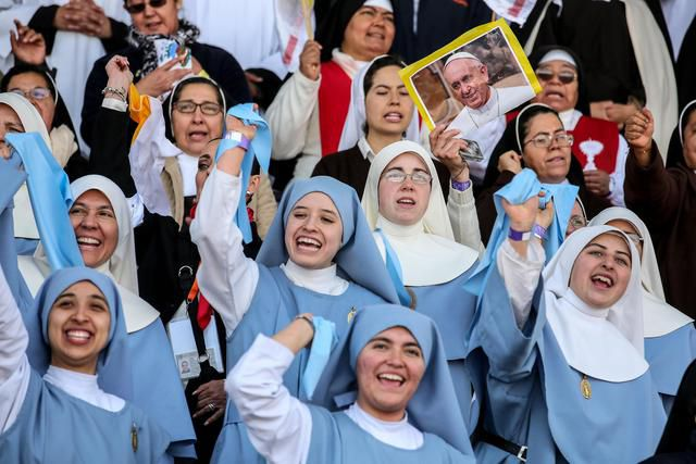 Nuns attend a mass celebrated by Pope Francis with priests, religious, seminarians, in Venustiano Carranza stadium, Morelia, Mexico, 16 February 2016. ANSA/ ALESSANDRO DI MEO