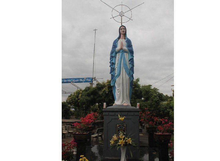 Tượng Đức Mẹ Giáo họ Chũ