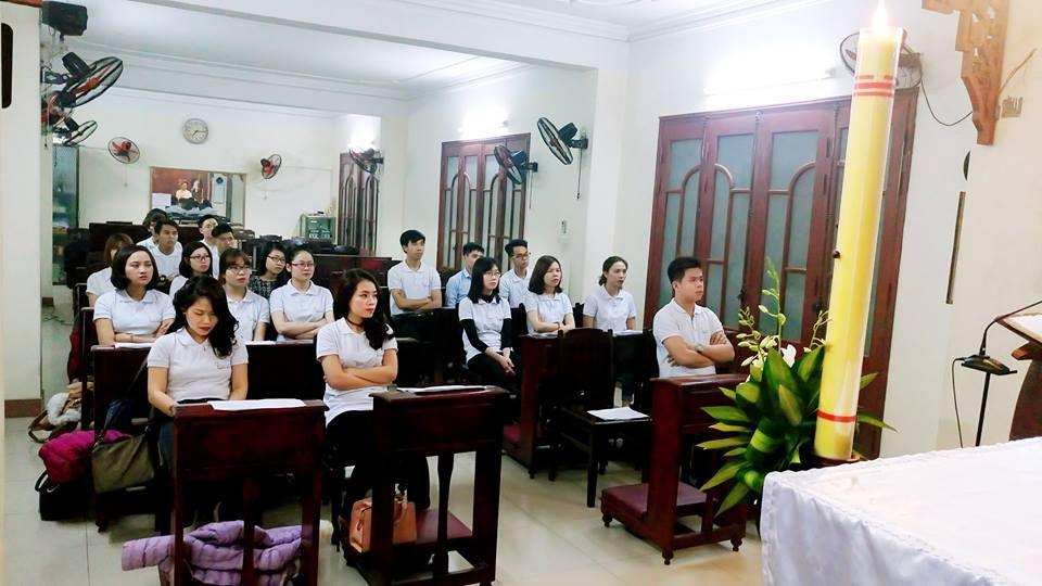 HCYC tham dự Thánh lễ tại nhà nguyệnTu viện DCCT Thái Hà