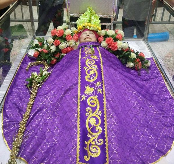 China-Vatican-Msgr_Huang_1