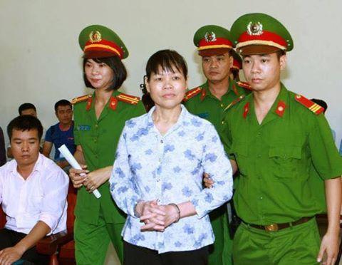 Bà Cấn Thị Thêu trong phiên tòa hôm nay. Ảnh internet