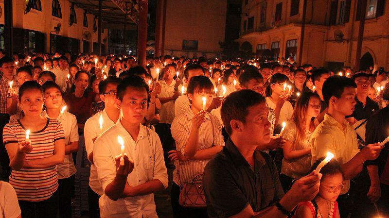 Hình: Thánh lễ cầu nguyện cho công lý và hòa bình, 20h, 28.8.2016 tại Thái Hà