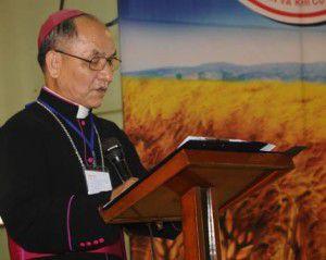Đức cha Micae Hoàng Đức Oanh, Nguyên Giám Mục Giáo Phận Kon Tum