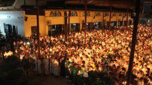 Đốt nến cầu nguyện cho công lý và hòa bình tại Thái Hà, ngày 07/8/2016