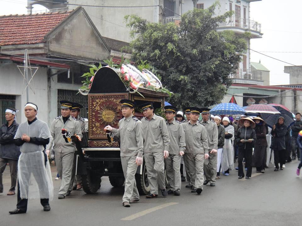 Lễ an táng ông cố Luca Vũ Xuân Ngà, thân phụ cha Giuse Vũ Đức Triệu, DCCT