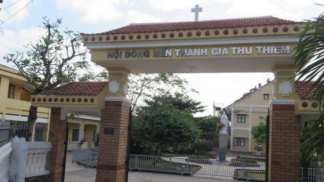 Tu viện dòng Mến Thánh Giá Thủ Thiêm đang đứng trước nguy cơ bị đập bỏ
