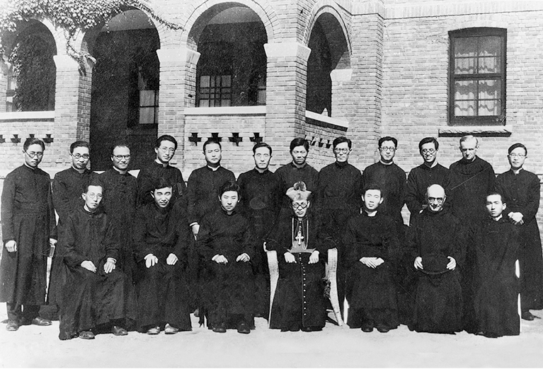 NK-Priests_and_bishop_Francis_Borgia