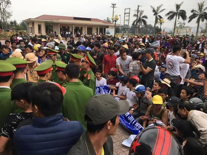 Vụ việc tại UBND Lộc Hà