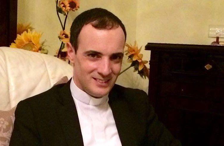 Hiện cha Francesco là cha xứ cộng đoàn Đức Mẹ Lên trời ở Simeri Crichi, tỉnh Catanzaro, Italia. Cha là người hoạt động trên các trang mạng xã hội, trên đài phát thanh và truyền hình