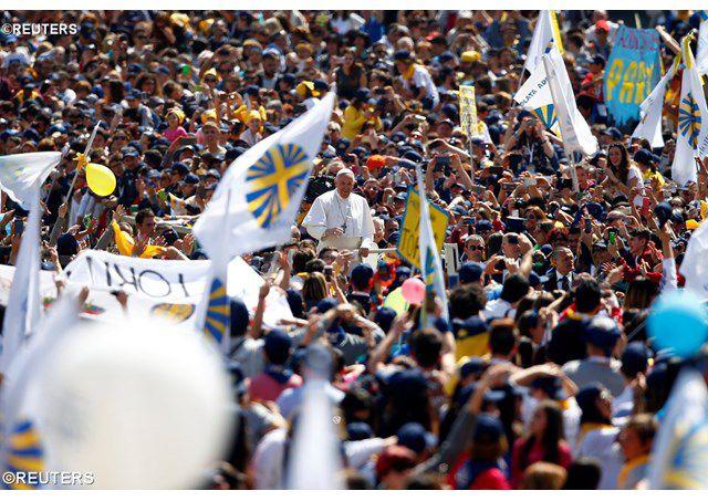 Đức Thánh Cha Phanxico gặp Phong trào Công giáo tiến hành tại quảng trường Thánh Phêrô