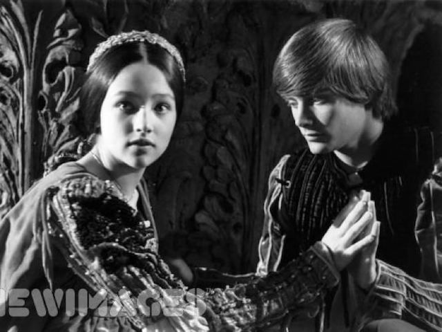 Leonard-Whiting-Olivia-Hussey-1968-romeo-and-juliet-by-franco-zeffirelli-24649315-720-540